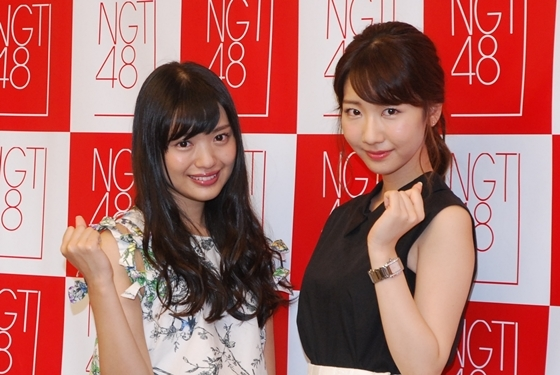 NGT48の2次審査に参加したキャプテンの北原里英と柏木由紀